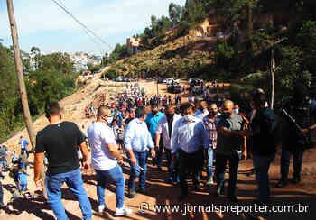SP Taboão da Serra: prefeito Aprígio vai à ocupação no Parque Laguna - Jornal SP Repórter News