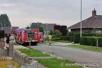 Garage achter in tuin vat vuur (Ingelmunster) - Het Nieuwsblad