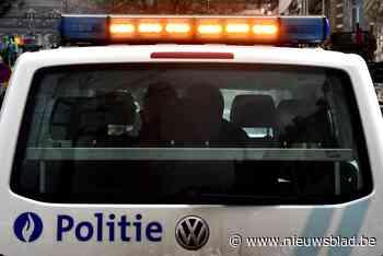 Chauffeur knalt op middengeleider (Ingelmunster) - Het Nieuwsblad