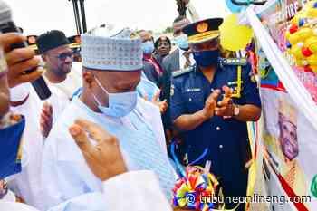 Gombe gov commends Buhari for reinvigorating Federal Fire Service - NIGERIAN TRIBUNE