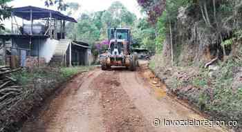 Vías rurales de Nátaga están siendo recuperadas tras afectación invernal - Huila