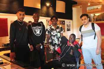 Enfance en Afrique, arrivée en Europe... Des lycéens d'Issoire (Puy-de-Dôme) enregistrent leur histoire - La Montagne