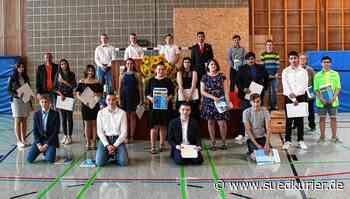 Pfullendorf: Pfullendorfer Schüler dürfen ihren Abschluss trotz Corona wieder feiern - SÜDKURIER Online