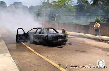 Asaltan a taxista en Acayucan y queman su vehículo - e-veracruz
