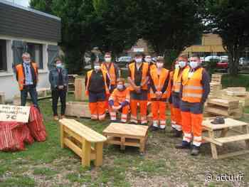 À Pont-Audemer, l'association Être et boulot sait tout faire avec des palettes en bois - L'Eveil de Pont-Audemer