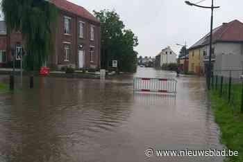 Straten in Binderveld en Wijer afgesloten door wateroverlast - Het Nieuwsblad