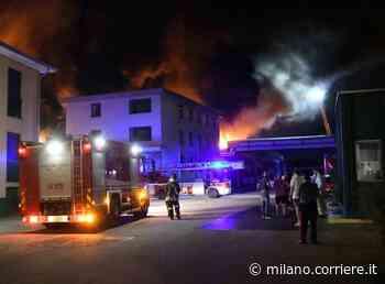 Brugherio, incendio alla MagniPlast, in fiamme capannone con materiali plastici: rilievi per sostanze tossiche - Corriere della Sera