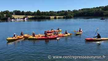 Les élèves à la base nautique de l'Anse du lac à Pont-de-Salars - Centre Presse Aveyron