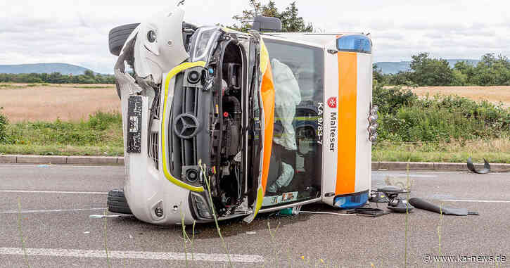 Drei leicht Verletzte: Autofahrer kollidiert mit Rettungswagen in Rheinstetten | ka-news - ka-news.de