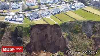 Climate change: 'Sleepwalking into oblivion' coastal erosion warning