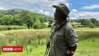 Offa's Dyke: The man who sold his house to trek Wales