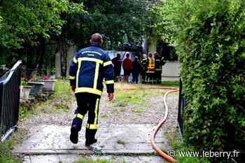 Un garage détruit par un incendie, à Sens-Beaujeu, mais une maison sauvée par les vingt-cinq pompiers mobilisés - Le Berry Républicain