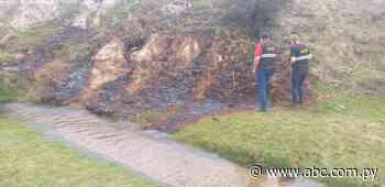 Mades fiscaliza destilería de caña que contamina arroyo en Quiindy - Nacionales - ABC Color