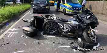 Windeck: Autofahrer fährt auf Motorradfahrer auf – schwer verletzt - Kölner Stadt-Anzeiger