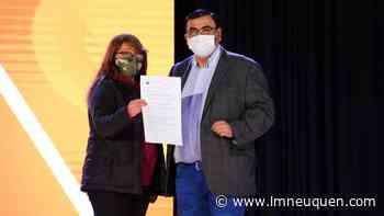 Cutral Co: la Municipalidad entregó 41 nuevos lotes - Lmneuquen.com