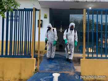 Timon: sanitização de locais públicos é realizada para evitar o avanço da Covid-19 - Piauí Hoje