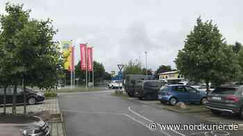 Urlauber beeindruckt von großer Hilfsbereitschaft in Neustrelitz - Nordkurier