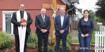 Wildberg: Christuskreuz in der Dorfmitte eingeweiht - Kölner Stadt-Anzeiger