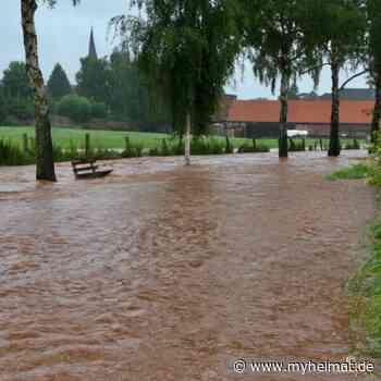 Hochwasser in der Fachwerkstadt Mengeringhausen - Bad Arolsen - myheimat.de