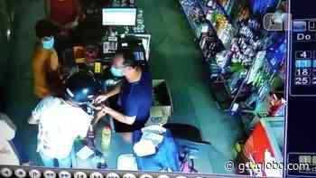 VÍDEO: Dupla assalta mercadinho em Santa Cruz do Capibaribe - G1