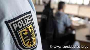 Falsche Töchter: Polizei warnt vor neuer Trickbetrugsmasche - Süddeutsche Zeitung