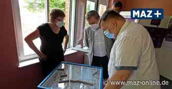 Neue Ausstellung im Alten Rathaus in Hennigsdorf: So war das Leben mit der Mauer - Märkische Allgemeine Zeitung