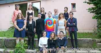 Waldorfschule in Bexbach verabschiedet Schüler - Saarbrücker Zeitung
