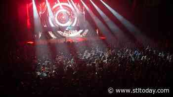 Deadmau5 gives energetic, 2-hour concert at the Factory, opening Chesterfield venue with a bang - STLtoday.com