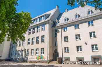 Gymnasium Thalheim: neues Tauziehen - Freie Presse