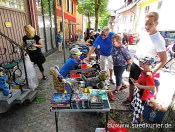 Garagenflohmarkt in Geisingen setzt Zeichen   SÜDKURIER Online - SÜDKURIER Online