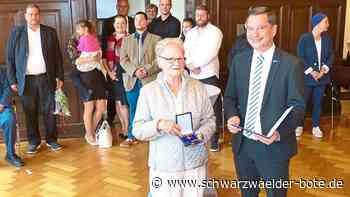 Bundesverdienstkreuz - Hohe Auszeichnung für Wildbader Bürgerin - Schwarzwälder Bote