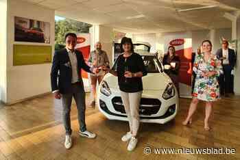 Arlette wint auto dankzij eerste zomeractie van Unizo Oudsbergen