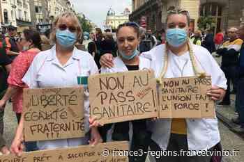 Reims, Charleville, Saint-Dizier, Châlons, Troyes : manifestations contre le pass sanitaire et l'obligation va - France 3 Régions