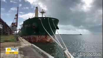 Tripulante filipino de navio isolado no Porto do Recife morre de Covid-19 - G1