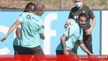 Pepe e Sérgio Oliveira são esperados hoje - Record