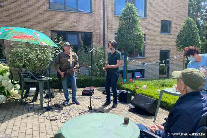 Rocco en Mauro treden op voor bewoners WZC Berkenbosch