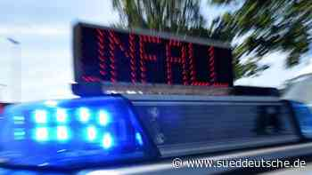 Unfall mit Kutsche: Motorradfahrerin schwer verletzt - Süddeutsche Zeitung