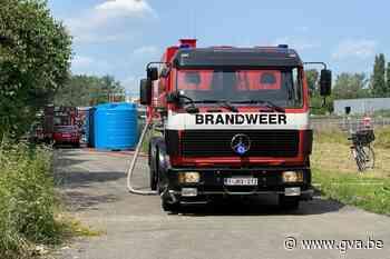 Vrachtwagen brandt volledig uit in Aartselaar (Aartselaar) - Gazet van Antwerpen