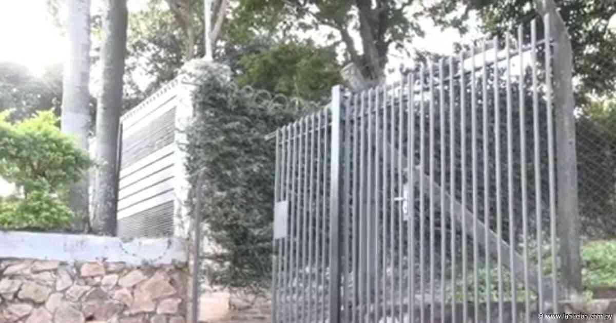 Nada se salva: robaron portón de una propiedad en Lambaré - La Nación