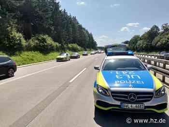Unfall auf der A7: Verkehrsbehinderungen zwischen Langenau und Niederstotzingen in Fahrtrichtung Würzburg - Heidenheimer Zeitung