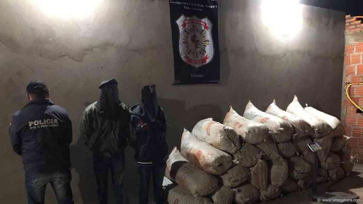 Dos aprehendidos con 512 kilos de marihuana en Capitán Bado - ÚltimaHora.com