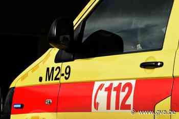 Fietser naar ziekenhuis na botsing (Sint-Gillis-Waas) - Gazet van Antwerpen Mobile - Gazet van Antwerpen