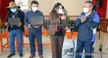 Entregan laptops a profesores de comunidad Tintaya Marquiri en Cusco - Diario Correo
