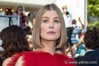 Rosamund Pike Transforms into Cupid in a Red Tulle Gown & Pointy Pumps at Cannes - Yahoo Lifestyle