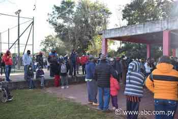 Pobladores de cuatro municipios de Paraguarí quedaron sin vacunas antiCOVID - Nacionales - ABC Color