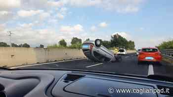 Oristano, auto si ribalta sulla statale 131 direzione Cagliari - Cagliaripad