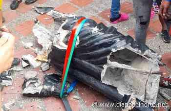 Completamente destruida quedó la estatua Simón Bolívar de Maicao - Diario del Norte.net