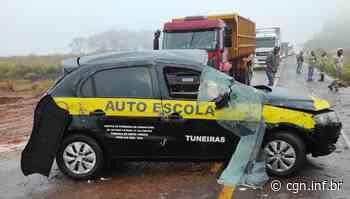 Veículo de autoescola capota entre Goioerê e Cruzeiro do Oeste - CGN