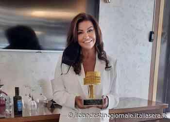 La scrittrice di Nettuno Anna Silvia Angelini premiata con il Colosseo D'oro - Il Clandestino Giornale
