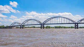 Man Kayaking Long Mississippi River Will Be In Davenport - B100